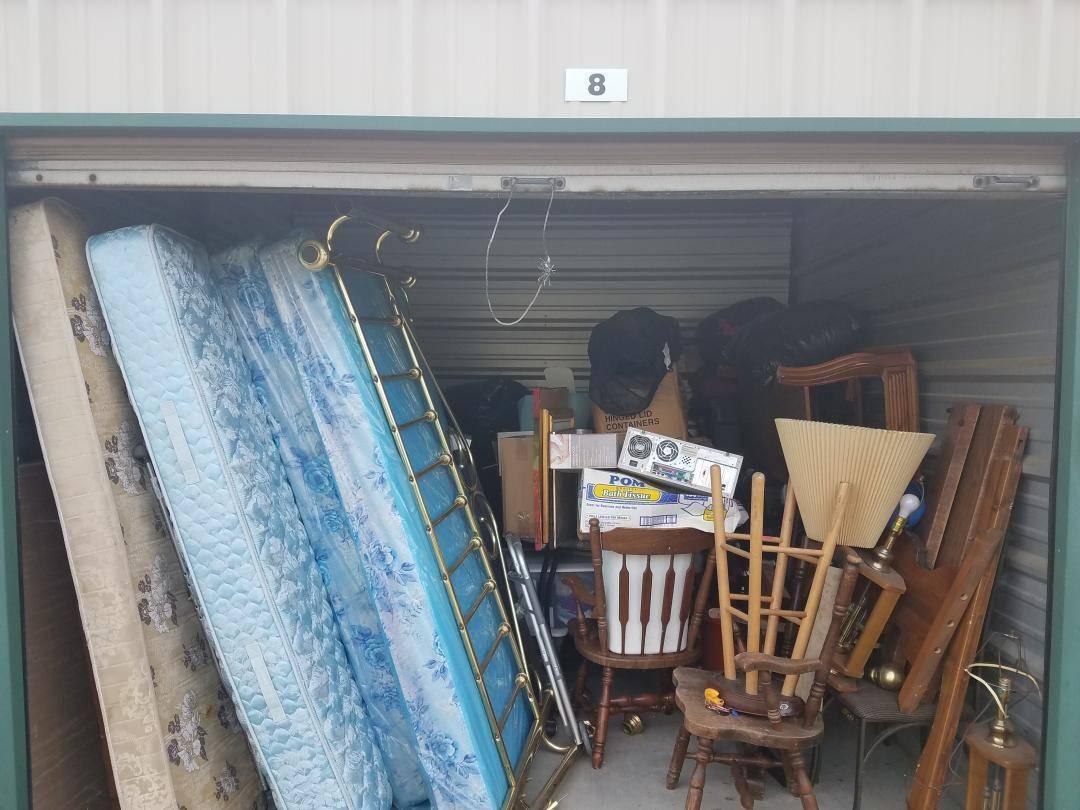 5 Essential Flea Market Yard Sale Tips